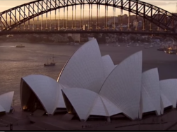Sydney Opera House: #comeonin